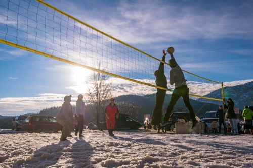The balmy weather was perfect for a snow volleyball tournament.